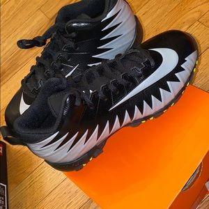 Nike Kids Football Cleats NIB size 3.5